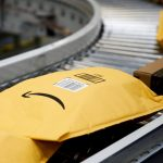 Amazon's Christmas sales prospects are missing outlooks; Shares decline
