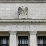The US Federal Reserve reveals the proposal to ease the rules for larger banks